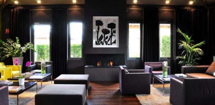 413323_986_485_FSImage_1_Jiva_Hill_Park_Hotel_Lounge2
