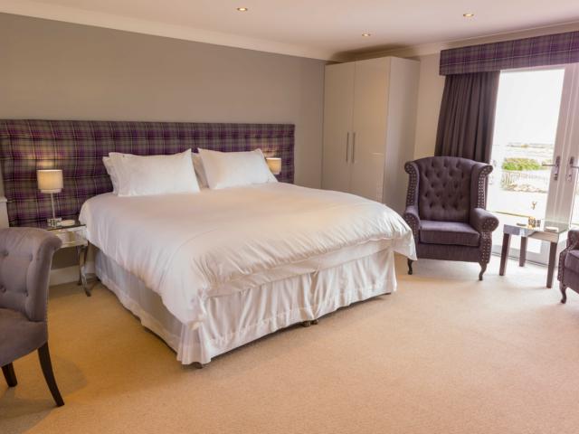 Room-1-Aberlour-23__-1140x855